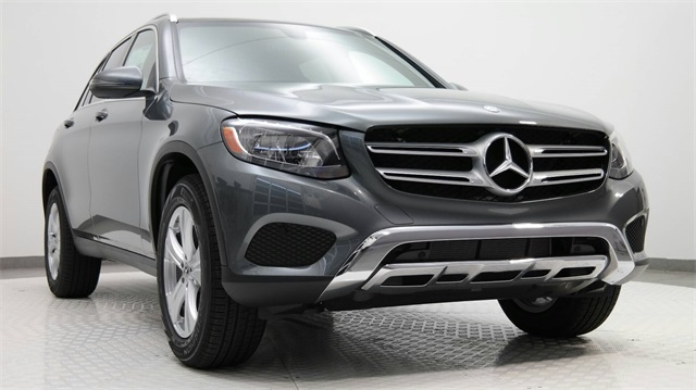 New 2018 mercedes benz glc glc 300 suv in the woodlands for Mercedes benz glc 300 accessories