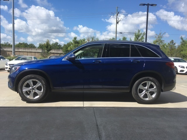 Pre-Owned 2017 Mercedes-Benz GLC 300 SUV